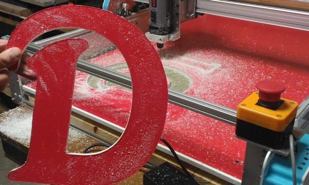 Combiner menuiserie classique et fraiseuse CNC